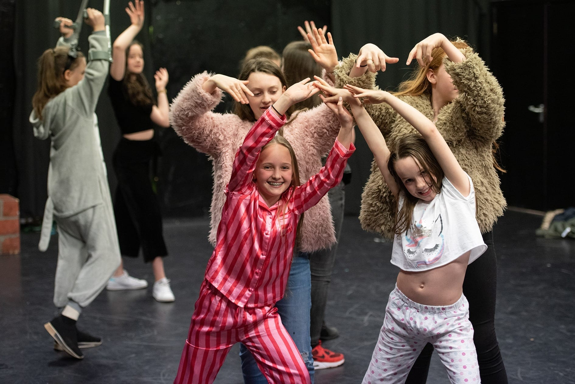 rise youth theatre group